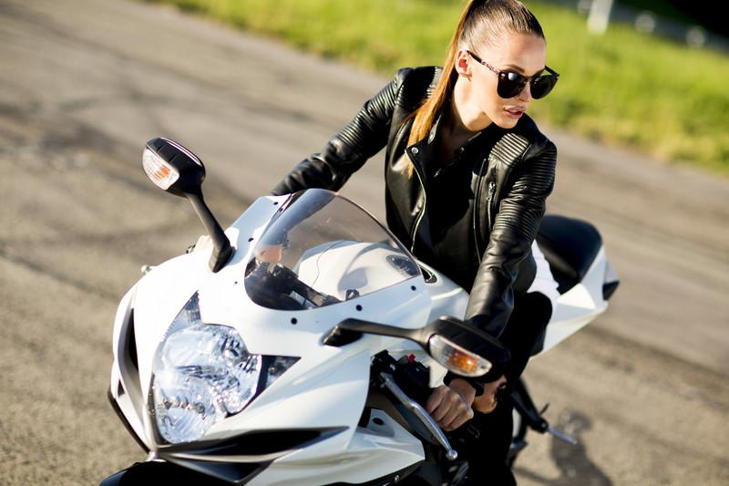 バイク業界